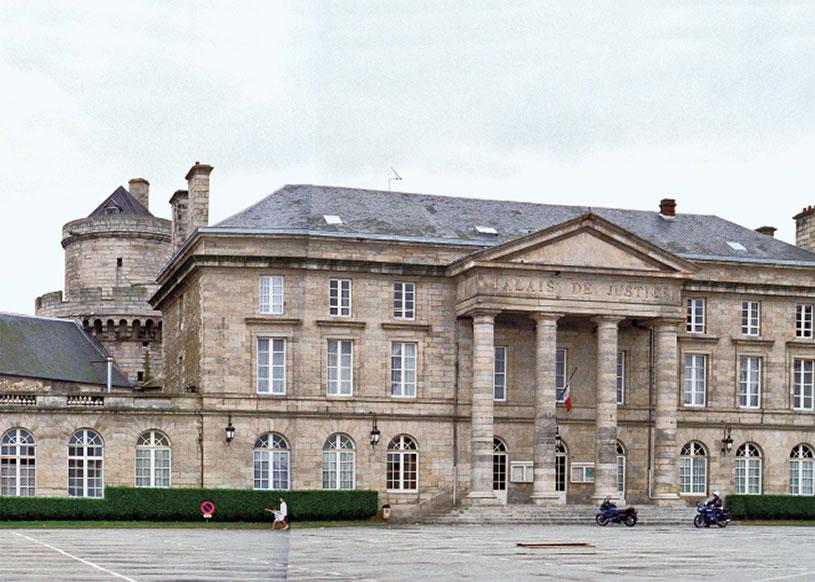 Place Foche, Alençon